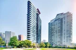 "Photo 19: TH 106 918 COOPERAGE Way in Vancouver: Yaletown Townhouse for sale in ""MARINER"" (Vancouver West)  : MLS®# R2366351"