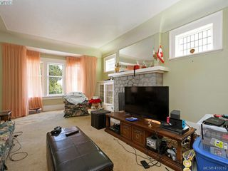 Photo 3: 2862 Parkview Drive in VICTORIA: SW Gorge Single Family Detached for sale (Saanich West)  : MLS®# 410319