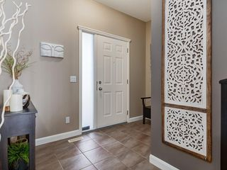 Photo 2: 113 TUSSLEWOOD Terrace NW in Calgary: Tuscany Detached for sale : MLS®# C4244235