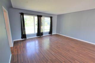 Photo 4: 13530 & 13532 WOODCROFT Avenue in Edmonton: Zone 07 House Duplex for sale : MLS®# E4158998