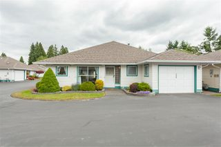 """Main Photo: 130 10172 141 Street in Surrey: Whalley Townhouse for sale in """"CAMBERLY GREEN"""" (North Surrey)  : MLS®# R2382432"""