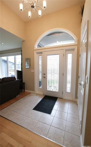 Photo 3: 847 Highland Drive in Swift Current: Highland Residential for sale : MLS®# SK777704