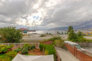 "Photo 5: 208 2211 WALL Street in Vancouver: Hastings Condo for sale in ""PACIFIC LANDING"" (Vancouver East)  : MLS®# R2384975"