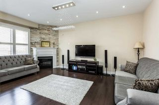 Photo 6: 24 Kempsford Crescent in Brampton: Northwest Brampton House (2-Storey) for sale : MLS®# W4529880