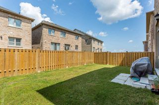 Photo 17: 24 Kempsford Crescent in Brampton: Northwest Brampton House (2-Storey) for sale : MLS®# W4529880