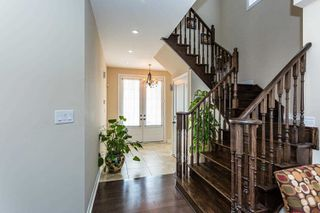 Photo 4: 24 Kempsford Crescent in Brampton: Northwest Brampton House (2-Storey) for sale : MLS®# W4529880