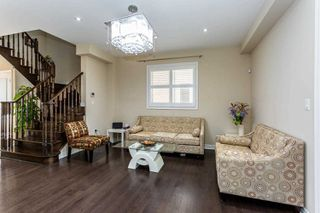 Photo 5: 24 Kempsford Crescent in Brampton: Northwest Brampton House (2-Storey) for sale : MLS®# W4529880