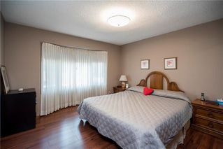 Photo 9: 98 Moberly Avenue in Winnipeg: Lakeside Meadows Residential for sale (3K)  : MLS®# 1929529