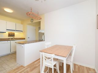 Photo 4: 1466 Denman St in Victoria: Vi Fernwood Half Duplex for sale : MLS®# 839735