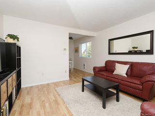 Photo 2: 1466 Denman St in Victoria: Vi Fernwood Half Duplex for sale : MLS®# 839735