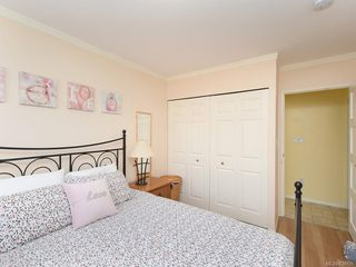 Photo 9: 1466 Denman St in Victoria: Vi Fernwood Half Duplex for sale : MLS®# 839735