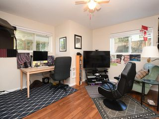Photo 15: 1466 Denman St in Victoria: Vi Fernwood Half Duplex for sale : MLS®# 839735