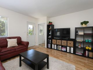 Photo 3: 1466 Denman St in Victoria: Vi Fernwood Half Duplex for sale : MLS®# 839735