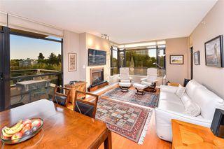 Photo 3: 605 788 Humboldt St in : Vi Downtown Condo for sale (Victoria)  : MLS®# 857154