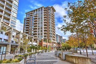 Photo 2: 605 788 Humboldt St in : Vi Downtown Condo for sale (Victoria)  : MLS®# 857154