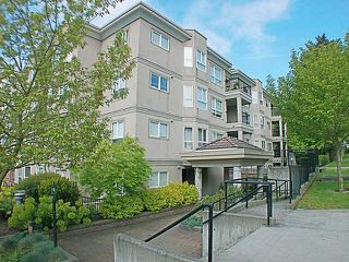 "Photo 1: 304 202 MOWAT Street in New Westminster: Uptown NW Condo for sale in ""SAUSALITO"" : MLS®# V870490"