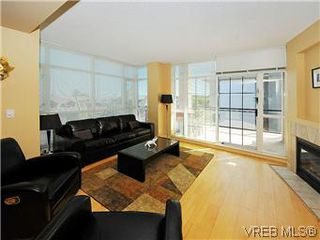 Photo 2: 608 827 Fairfield Road in VICTORIA: Vi Downtown Condo Apartment for sale (Victoria)  : MLS®# 295272