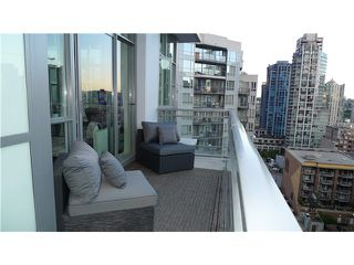 Photo 1: 1206 1205 HOWE Street in Vancouver: Downtown VW Condo for sale (Vancouver West)  : MLS®# V957555