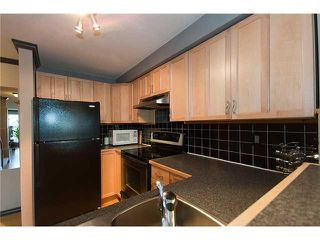 Photo 6: # 25 1345 W 4TH AV in Vancouver: False Creek Condo for sale (Vancouver West)  : MLS®# V994255