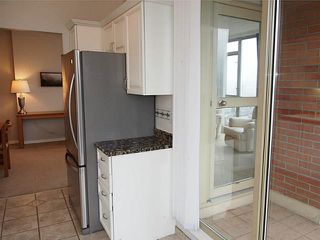 "Photo 6: 1106 160 W KEITH Road in North Vancouver: Central Lonsdale Condo for sale in ""VICTORIA PARK WEST"" : MLS®# V1057570"