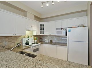 "Photo 4: 15 1506 EAGLE MOUNTAIN Drive in Coquitlam: Westwood Plateau Townhouse for sale in ""RIVER ROCK"" : MLS®# V1099856"