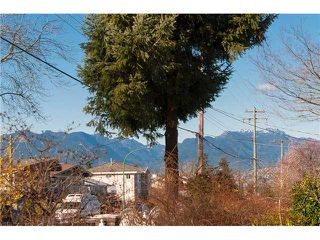 Photo 10: 6656 DUFFERIN Avenue in Burnaby: Upper Deer Lake House for sale (Burnaby South)  : MLS®# V1107030