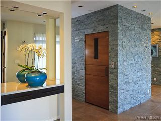 Photo 8: 622 Inglewood Terr in VICTORIA: OB South Oak Bay House for sale (Oak Bay)  : MLS®# 696684