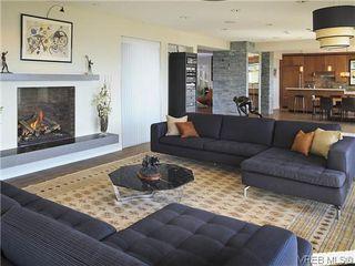 Photo 4: 622 Inglewood Terr in VICTORIA: OB South Oak Bay House for sale (Oak Bay)  : MLS®# 696684