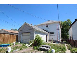 Photo 3: 696 Simcoe Street in WINNIPEG: West End / Wolseley Residential for sale (West Winnipeg)  : MLS®# 1516022