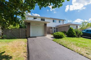 Photo 4: 3394 Silverado Drive in Mississauga: Mississauga Valleys House (2-Storey) for sale : MLS®# W3292226