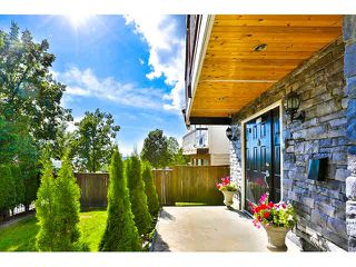 Photo 2: 2135 FRASERVIEW Drive in Vancouver: Fraserview VE House for sale (Vancouver East)  : MLS®# V1142896
