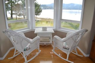 Main Photo: 6263 SECHELT INLET Road in Sechelt: Sechelt District House for sale (Sunshine Coast)  : MLS®# R2003853