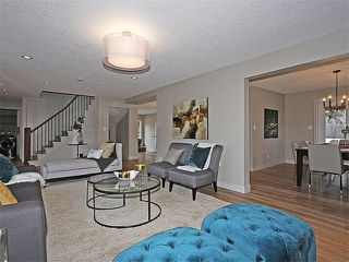 Photo 3: 240 PUMP HILL Gardens SW in Calgary: Pump Hill House for sale : MLS®# C4052437