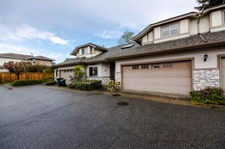 "Photo 1: 14 16325 82 Avenue in Surrey: Fleetwood Tynehead Townhouse for sale in ""HAMPTON WOODS"" : MLS®# R2057996"