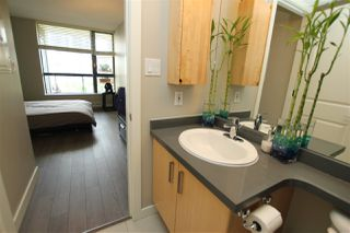 "Photo 14: 703 3588 CROWLEY Drive in Vancouver: Collingwood VE Condo for sale in ""THE NEXUS"" (Vancouver East)  : MLS®# R2076536"