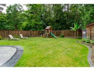 Photo 2: 15765 102B Avenue in Surrey: Guildford House for sale (North Surrey)  : MLS®# R2076961