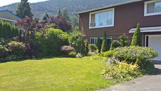 Photo 2: 604 LAKBERG Crescent: Harrison Hot Springs House for sale : MLS®# R2086543