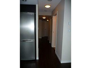 Photo 8: 804 445 2ND Ave W: False Creek Home for sale ()  : MLS®# V1040069