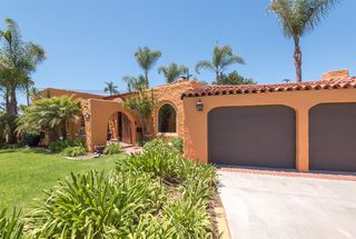 Photo 3: KENSINGTON House for sale : 3 bedrooms : 4348 Hilldale Rd. in San Diego