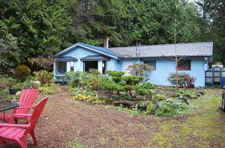 Main Photo: 1388 MARLENE Road: Roberts Creek House for sale (Sunshine Coast)  : MLS®# R2096810