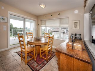 "Photo 8: 402 1330 HUNTER Road in Delta: Beach Grove Condo for sale in ""SAHALEE"" (Tsawwassen)  : MLS®# R2100095"