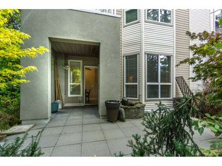 """Photo 2: 124 9979 140 Street in Surrey: Whalley Townhouse for sale in """"SHERWOOD GREEN"""" (North Surrey)  : MLS®# R2108711"""