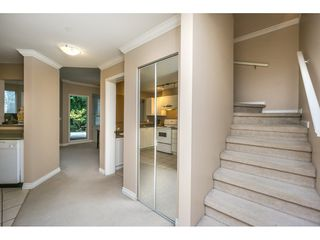 """Photo 3: 124 9979 140 Street in Surrey: Whalley Townhouse for sale in """"SHERWOOD GREEN"""" (North Surrey)  : MLS®# R2108711"""