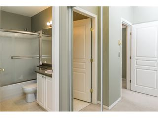 """Photo 17: 124 9979 140 Street in Surrey: Whalley Townhouse for sale in """"SHERWOOD GREEN"""" (North Surrey)  : MLS®# R2108711"""