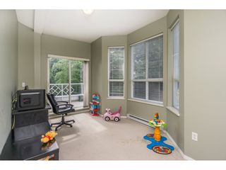 """Photo 12: 124 9979 140 Street in Surrey: Whalley Townhouse for sale in """"SHERWOOD GREEN"""" (North Surrey)  : MLS®# R2108711"""