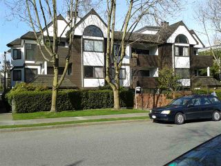 "Photo 19: 102 1633 W 11TH Avenue in Vancouver: Fairview VW Condo for sale in ""DORCHESTER PLACE"" (Vancouver West)  : MLS®# R2136789"