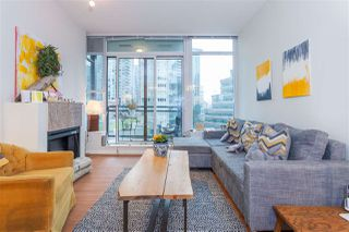 "Photo 3: 504 1211 MELVILLE Street in Vancouver: Coal Harbour Condo for sale in ""THE RITZ"" (Vancouver West)  : MLS®# R2143685"