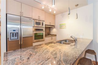 "Photo 6: 504 1211 MELVILLE Street in Vancouver: Coal Harbour Condo for sale in ""THE RITZ"" (Vancouver West)  : MLS®# R2143685"