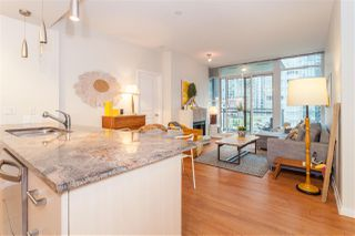 "Photo 8: 504 1211 MELVILLE Street in Vancouver: Coal Harbour Condo for sale in ""THE RITZ"" (Vancouver West)  : MLS®# R2143685"