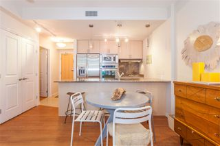 "Photo 4: 504 1211 MELVILLE Street in Vancouver: Coal Harbour Condo for sale in ""THE RITZ"" (Vancouver West)  : MLS®# R2143685"